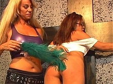 583968 Spank Her Till She Scremes   Download Cat Cleevage Is A Dominatrix Scene 2